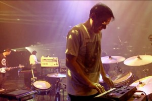 electronic-beats-presents-new-order-live-in-berlin_video_2012-11-940x626