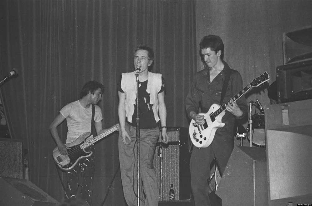 Photo of Steve JONES and Johnny ROTTEN and Glen MATLOCK and SEX PISTOLS